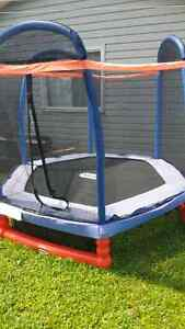 Little Tikes trampoline - 2 mths old