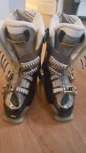 Saloman Ski Boots - Ladies 23.5 WITH HEATERS!! In great shape.