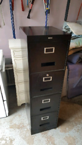 Filing cabinet / filliere