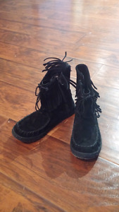 Black Uggs with frills