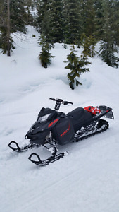 2016 Ski Doo Summit 154 T3