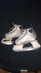 CCM Externo Skates Size 6 $150 Or Best Offer! Sarnia Sarnia Area image 1