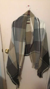 One Size Fits All Reitmans Multi-Coloured Poncho