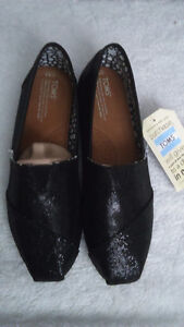 TOMS shoes - black glitter **new never worn**