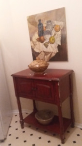 Accent/Hall Table/Sideboard