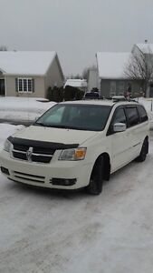 2008 Dodge Caravan SXT Town & Country