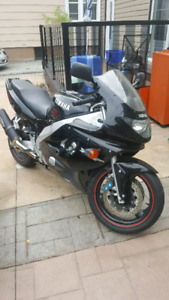 MUST SELL safety 2000 Yamaha 600cc
