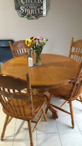 Dining table, leaf, 4 chairs