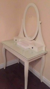 Ikea Hemnes dressing table with mirror mint condition