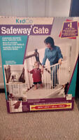 KID CO safety gate