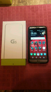 LG G5 Mint condition 64GB + 10  accessories