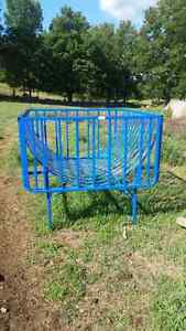 Goat or sheep basket feed brand new