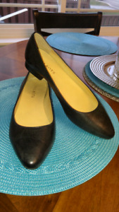 Black leather flats size 8 1/2 perfect condition $15