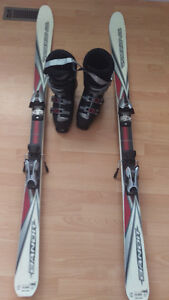 Rossignol Bandit 160cm Skiis with bindings and size 9 1/2 boots