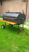 Specialty Beef,Chicken and Pig Roaster with side grill