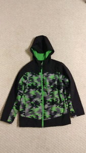 Boys medium softshell jacket