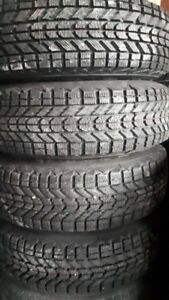 R14 195-75 WINTER TIRES WITH RIMS