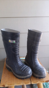 Size 12 insulated work boot