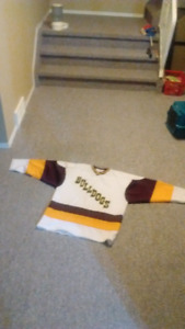 $80 UMD Bulldogs Jersey Never Worn Men's Size Large