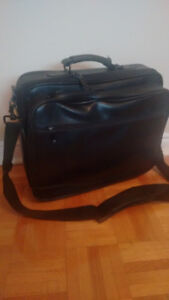 Laptop Bags / Briefcase / Carrying Sleeve