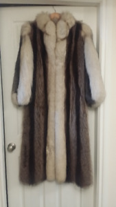 Gorgeous Fox and Racoon fur coat $2,000