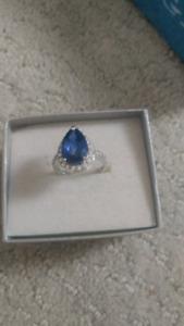 Blue sapphire white gold diamond ring