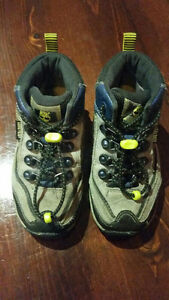 Timberland Gore-Tex Outdoor Shoes Size 10T