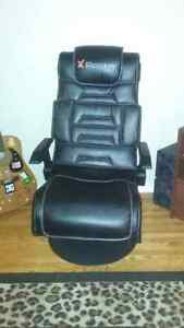 Rocker gaming chair with amp\subs