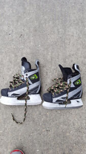3 pairs Youth Hockey Skates great condition great for kids