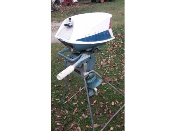 1962 Evinrude Fisherman 5 1/2 HP