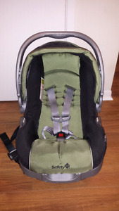 SAFETY 1ST INFANT SEAT AND BASE