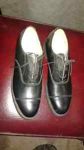 like new size 10 dress shoes & winter boots