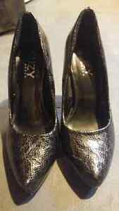 Snake skin heels London Ontario image 2