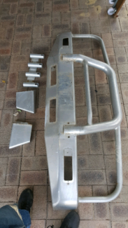 Bull bar $200 fit 80 sires land cruiser with fishing rod holder Mirrabooka Stirling Area Preview