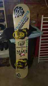 Dinosaurs will die snowboard with bindings  Stratford Kitchener Area image 3