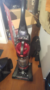 Hoover WindTunnel 2 Rewind Bagless vacuum