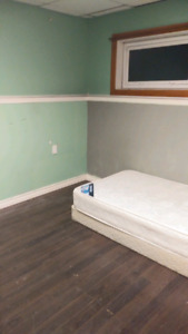 Furnished room for rent in the south.