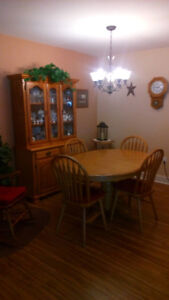 FOR SALE: Oak Dining Set with matching Buffet