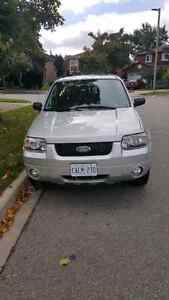 2007 Ford Escape Limited 67,000 km only $7,999