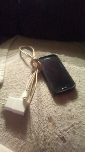 i'm selling a Virgin Mobile Samsung cell phone