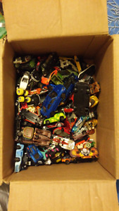Lots Of Hot Wheels/Other Cars And Wall Tracks :D Read Desc.