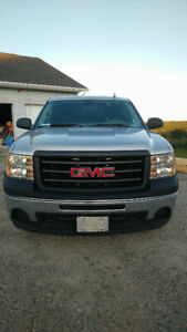 2011 GMC extended Cab 2WD