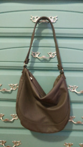 Beautiful thirty-one Midway Hobo bag!!