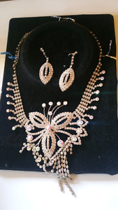 fancy jewelry set for special occasions