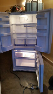 Samsung Fridge with ice and Kenmore self clean stove,Bosch Dish.
