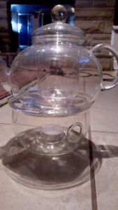 Clear glass tea infuser with tealight warmer