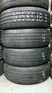 4 bons pneus d'été 275 65 18 Michelin LTX