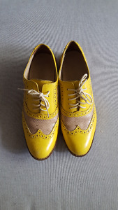 Cole Hann Leather Oxford Shoes