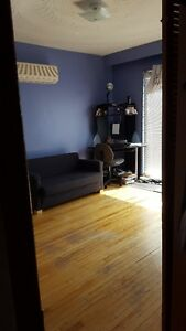 St.Clair&Dufferin Aprtmt for Rent July 1st/July 15th  2bdrm