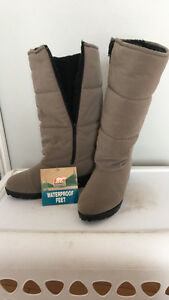 Women's Sorel Winter Boots 8.5M